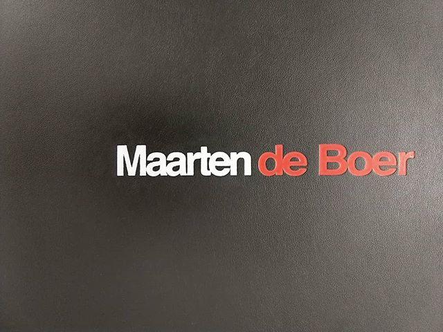 Clamshell Case : Deboss detail ⚙️ built for #Photographer Maarten de Boer @maartendeboerphotography. • • • mullenbergdesigns.com #PresentYourselfBeSeen  #PortfolioDesignStudio