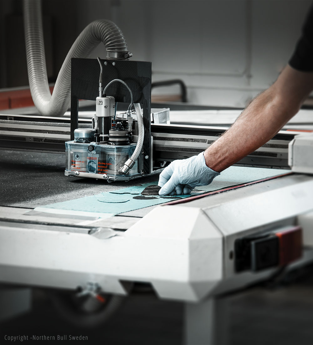 Cutting machine 2.jpg