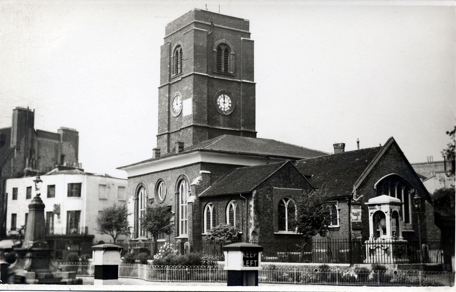 Chelsea Old Church PC97.jpg