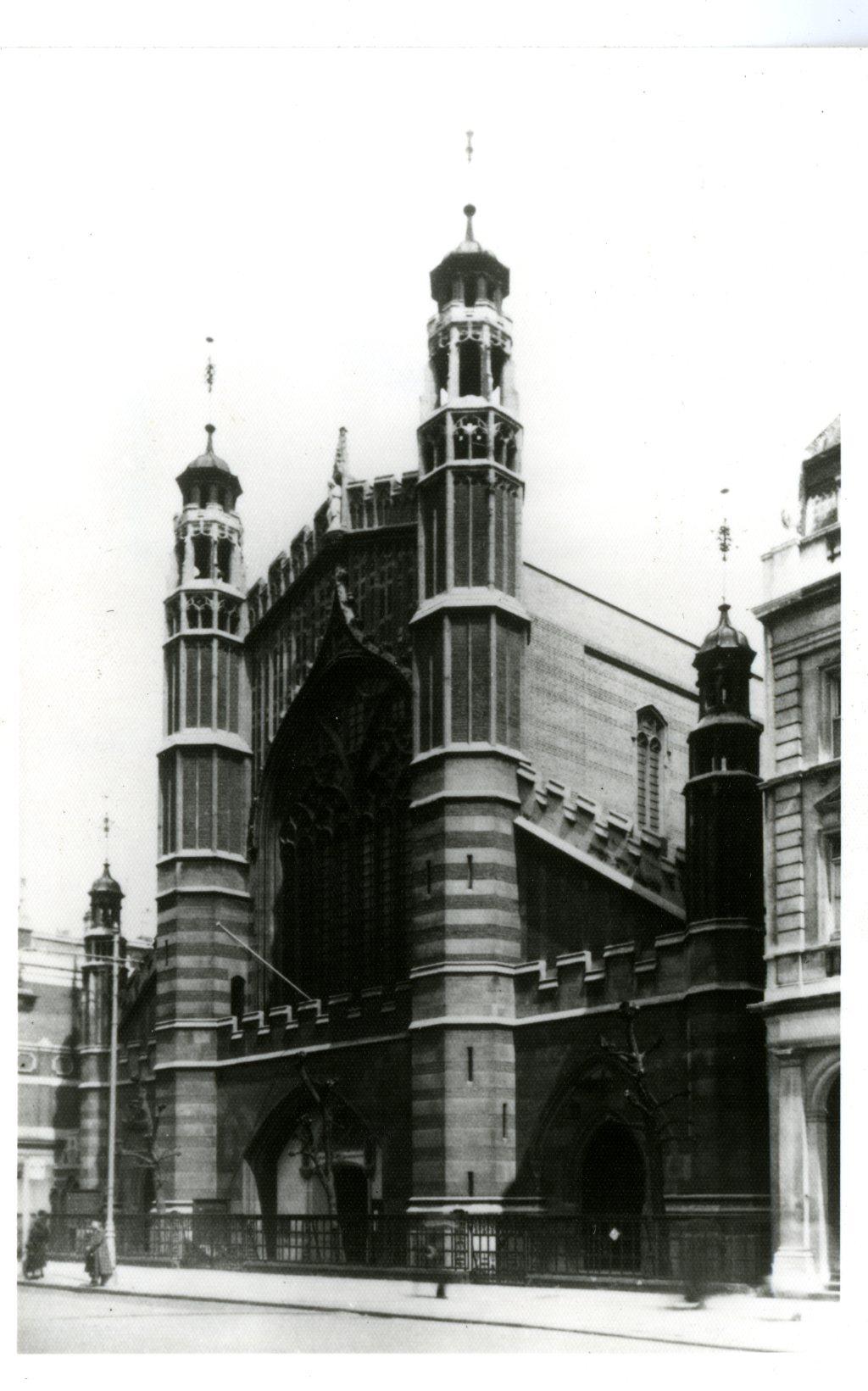 Holy Trinity Church.jpg