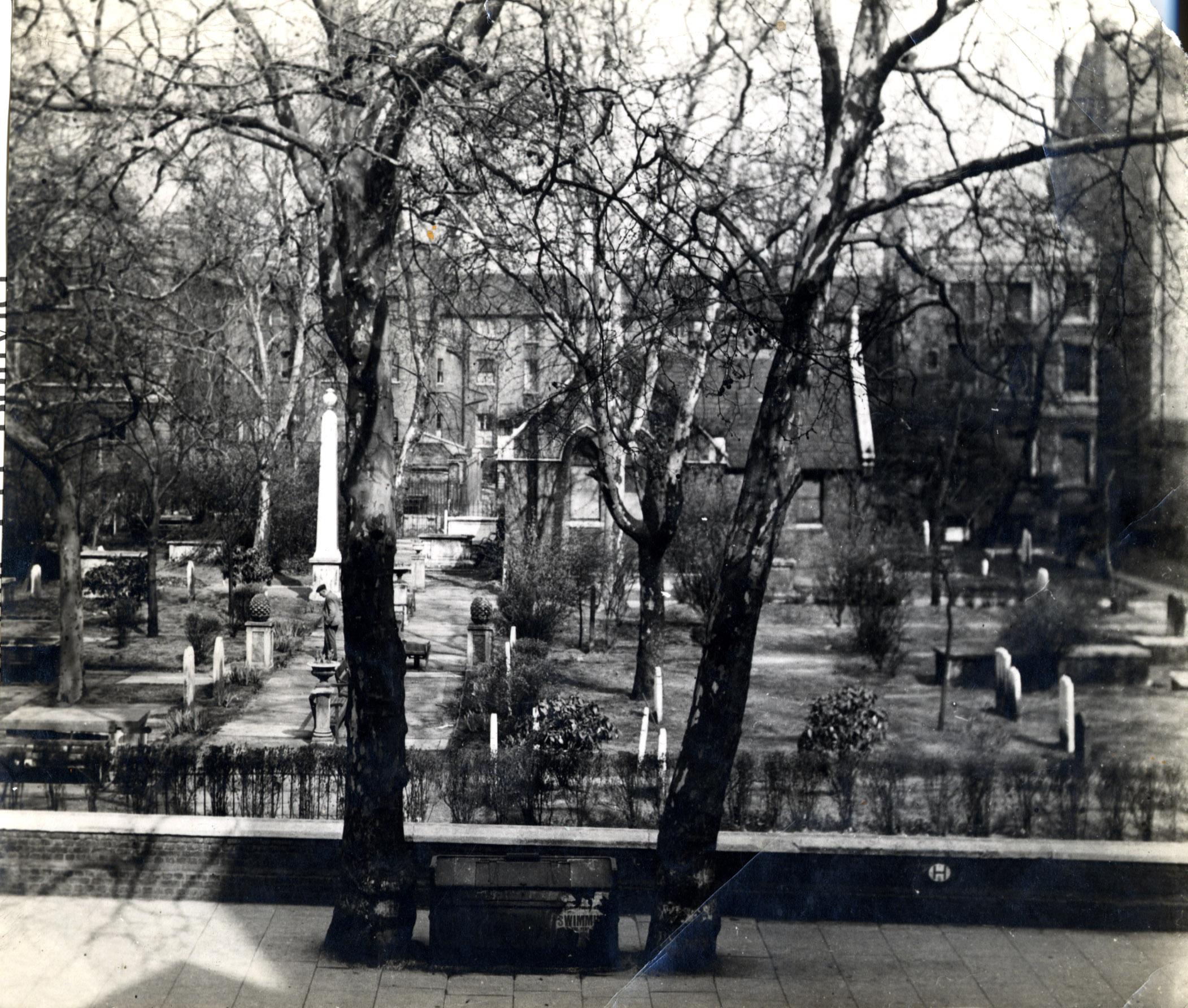 Old Burial Ground 1940s 001.JPG