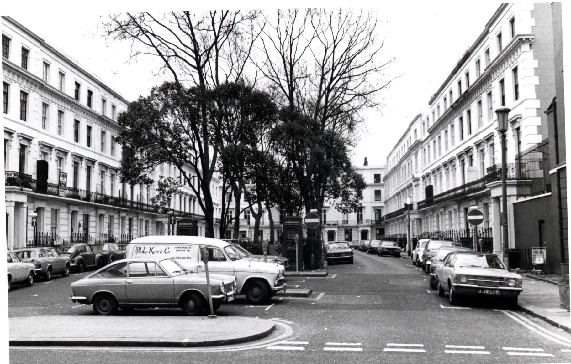 Wellington Square - looking south from Kings Road 1975 KS 4125.JPG
