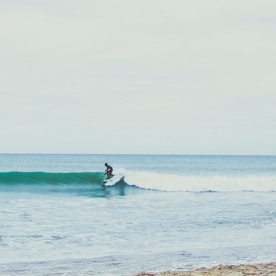 surfer_4.jpg