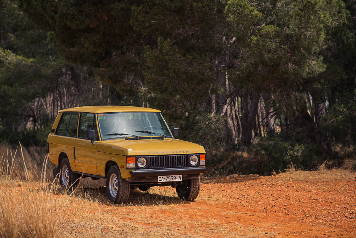 range_rover_classic_right_front_4.jpg