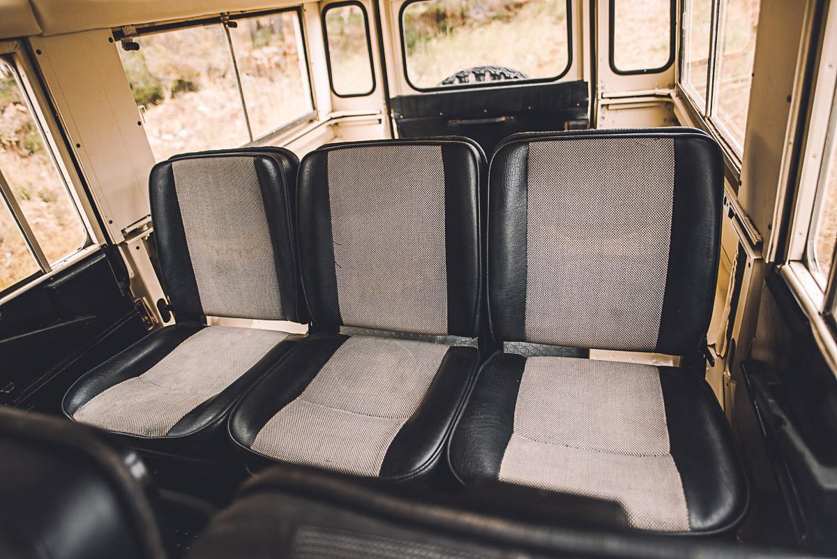 land_rover_109_interior_3.jpg