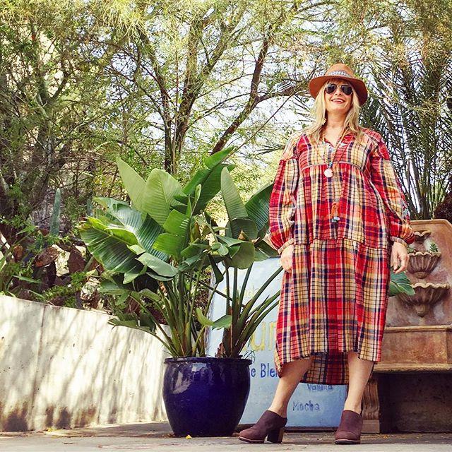 I've gone full California, peeps. - Exploring Topenga, making plans, understanding pain with @rrshakti (all in this cute hat that only REALLY looks okay here 😉) 💫✨⚡️ #life #travels #bff #california #boho - - - ✨✨✨✨✨ 🎩🎩🎩🎩🎩 ☀️☀️☀️☀️☀️ #life #friday #tgif #yogajunkie #inspiration #motivation #yogalife #yogalifestyle #bohostyle #bohemianstyle #vaca #LA #yogini #innerpower #innerpeace #yogamom #yogaeverywhere #yogaeverydamnday #yogaallday #yogateacher #plaid #hat #instagood #namaste #goodvibes