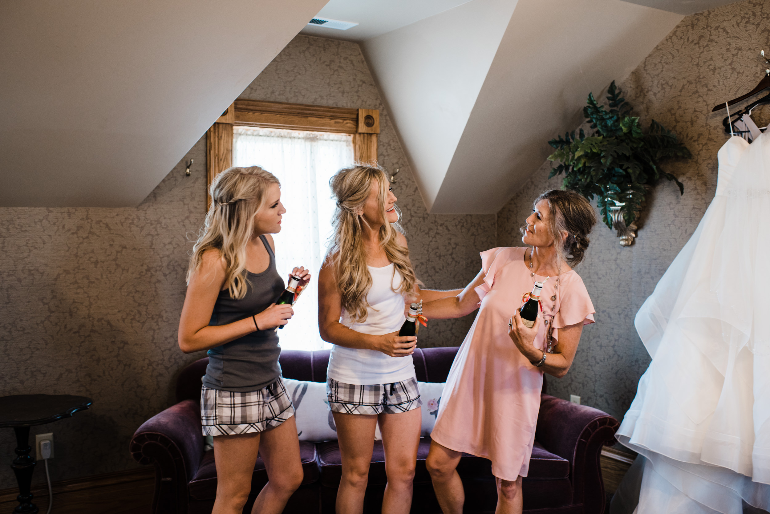 Colorado mountain wedding photographer at Brookeside Gardens with Maid of Honor, Bride and Mother of Bride