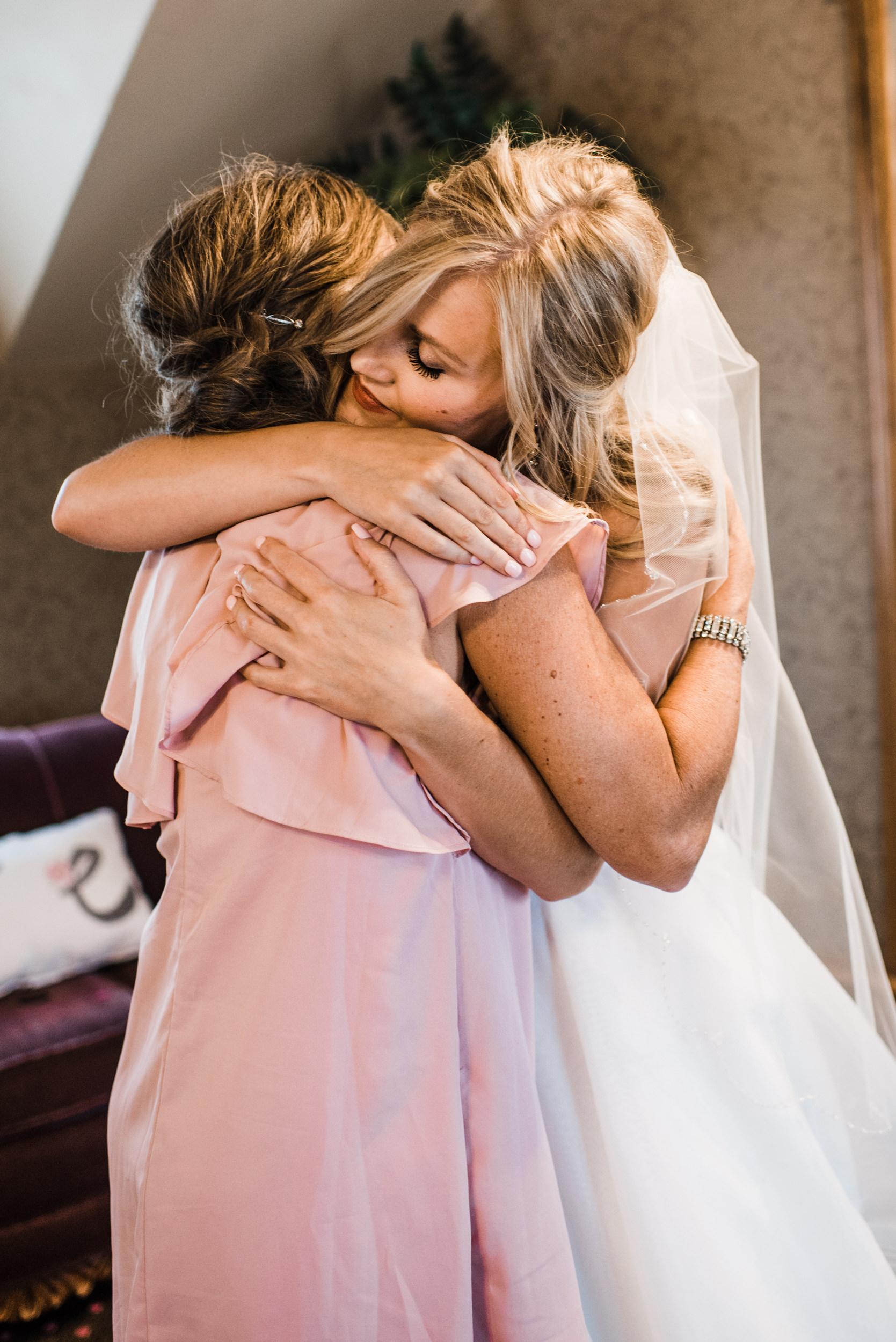 Colorado mountain wedding photographer at Brookeside Gardens with bride and mom