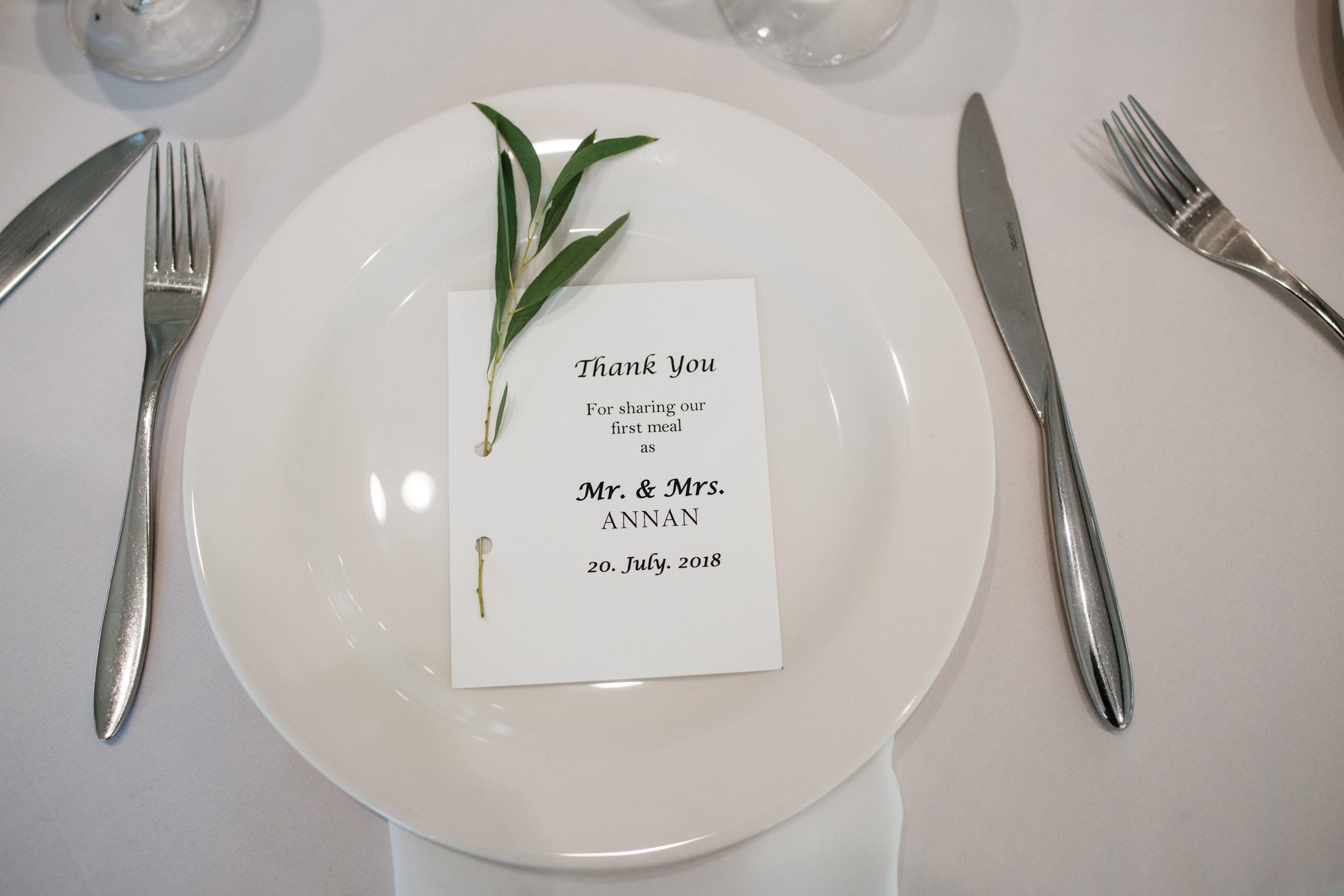 Colorado mountain wedding photographer at Brookeside Gardens details of wedding reception