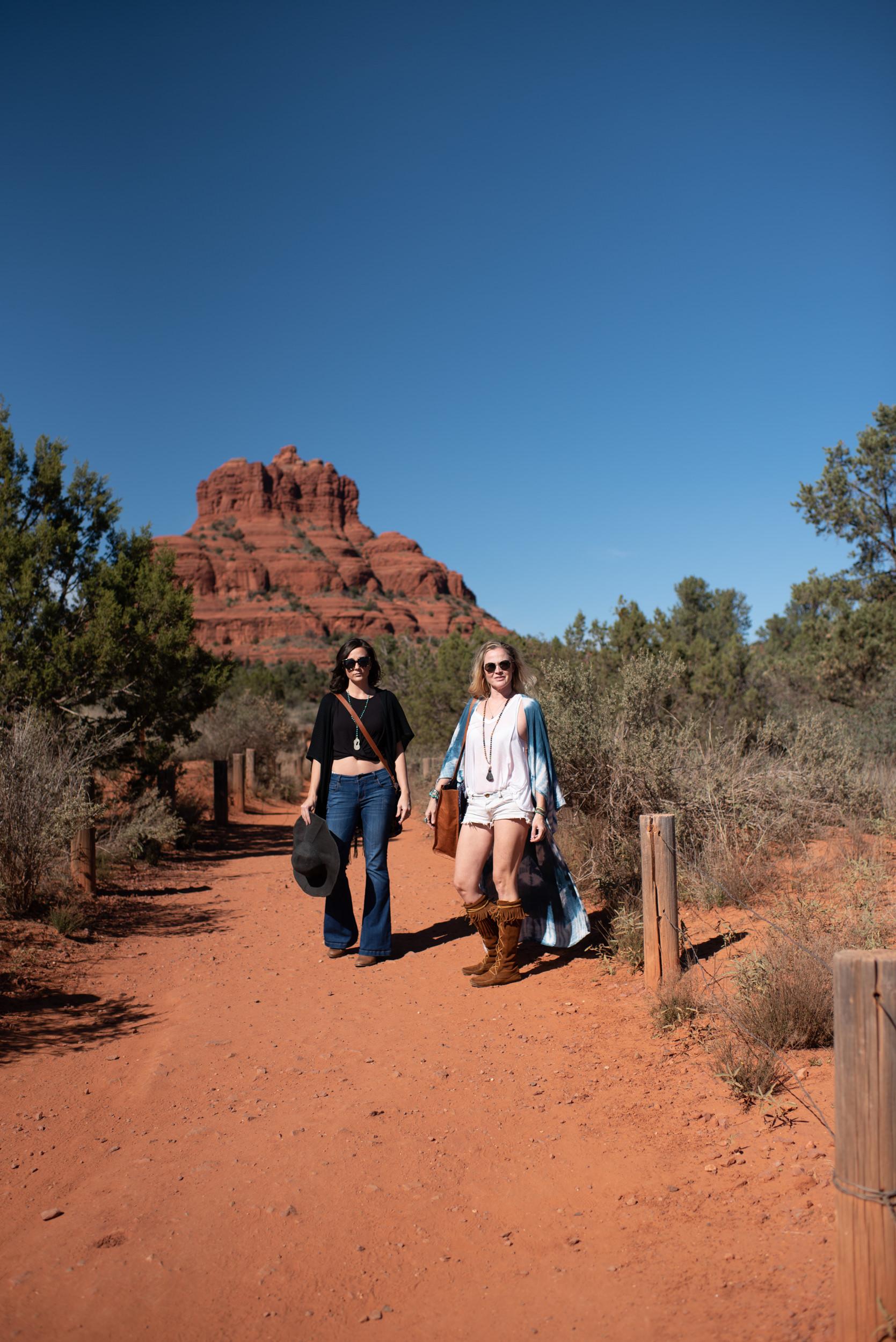 Arizona-Boho-Wedding-Photographer-Handbags-4.jpg