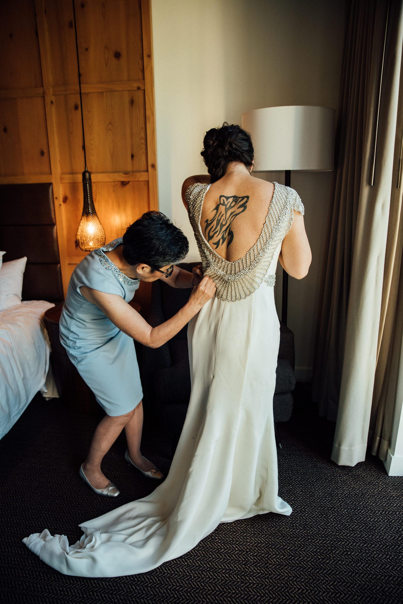 Colorado Denver Downtown Urban Wedding Colorado Wedding Photographer Mom getting Bride Ready
