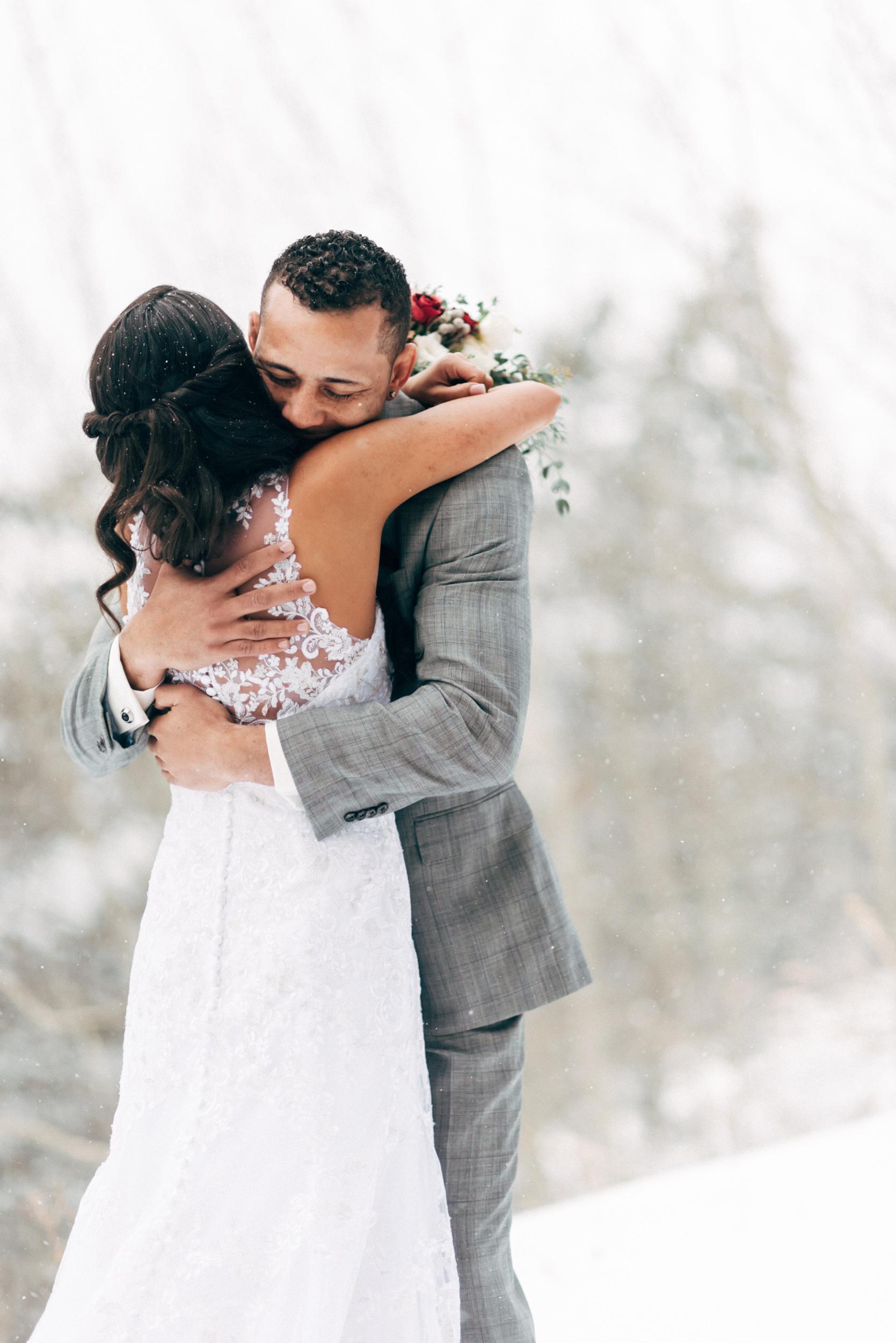 Love on the Mountain in Breckenridge, Colorado wedding. Colorado wedding photographer.