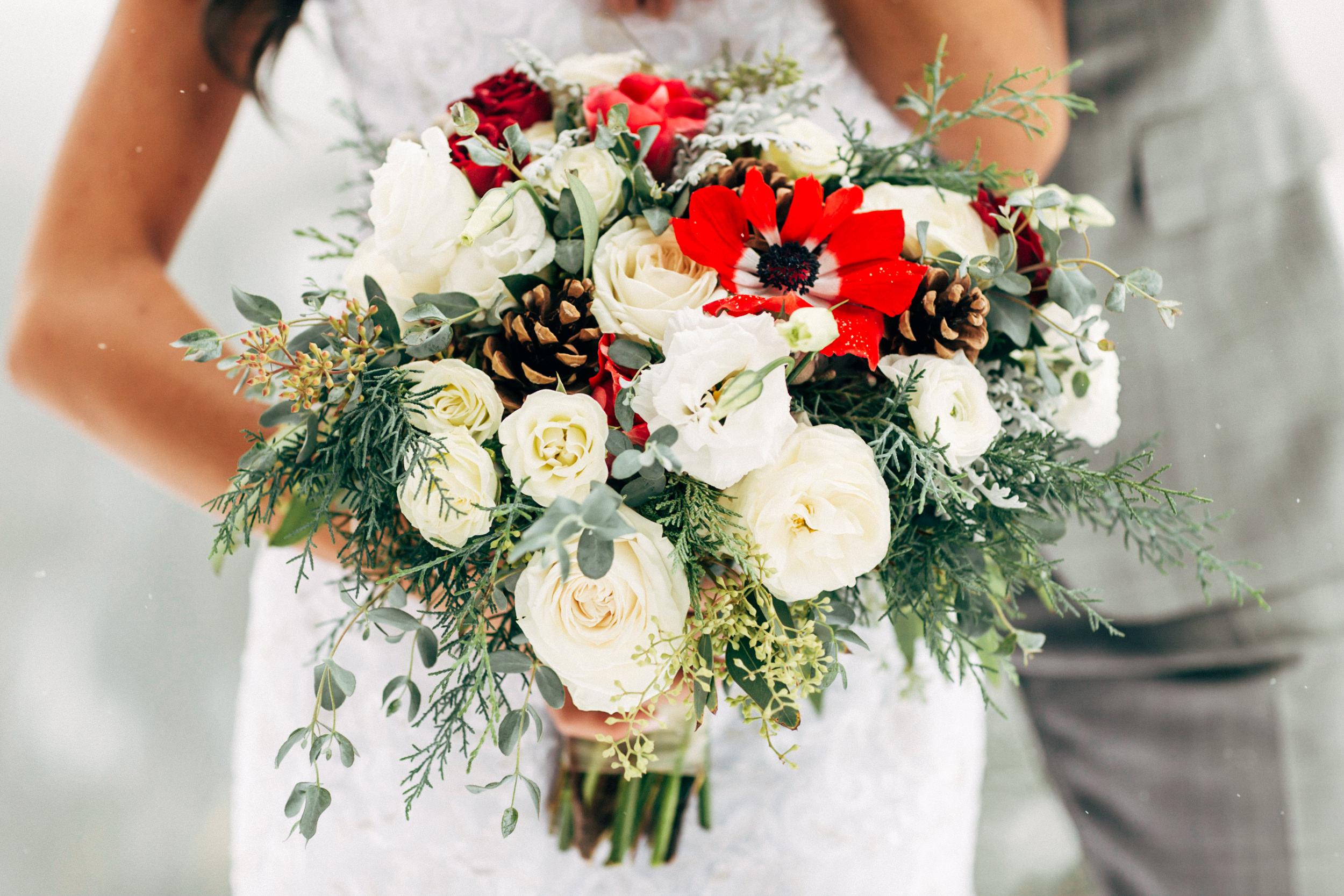 Petals and Bean bridal bouquet in Breckenridge, Colorado wedding photographer.
