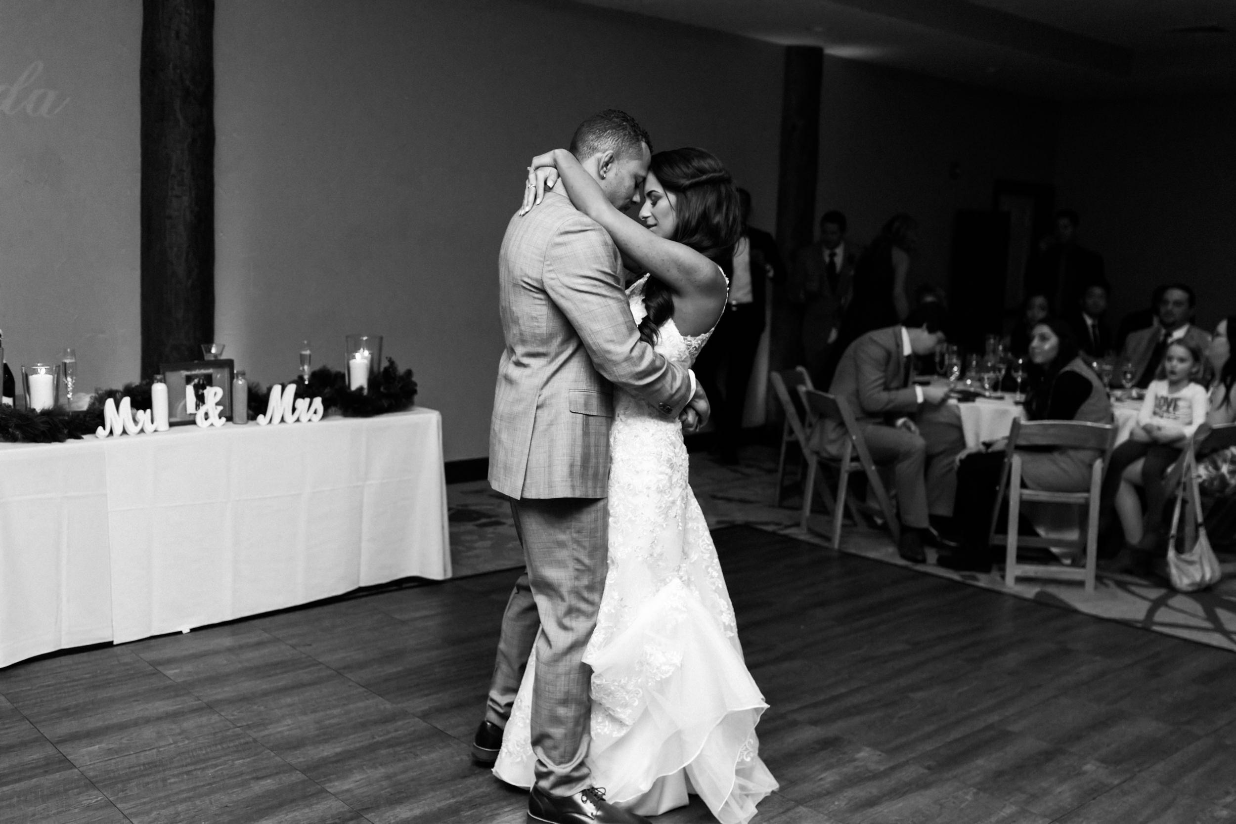 Colorado-Wedding-Photographer-Breckinridge-Mountain-Adventure-Elopement-70.jpg