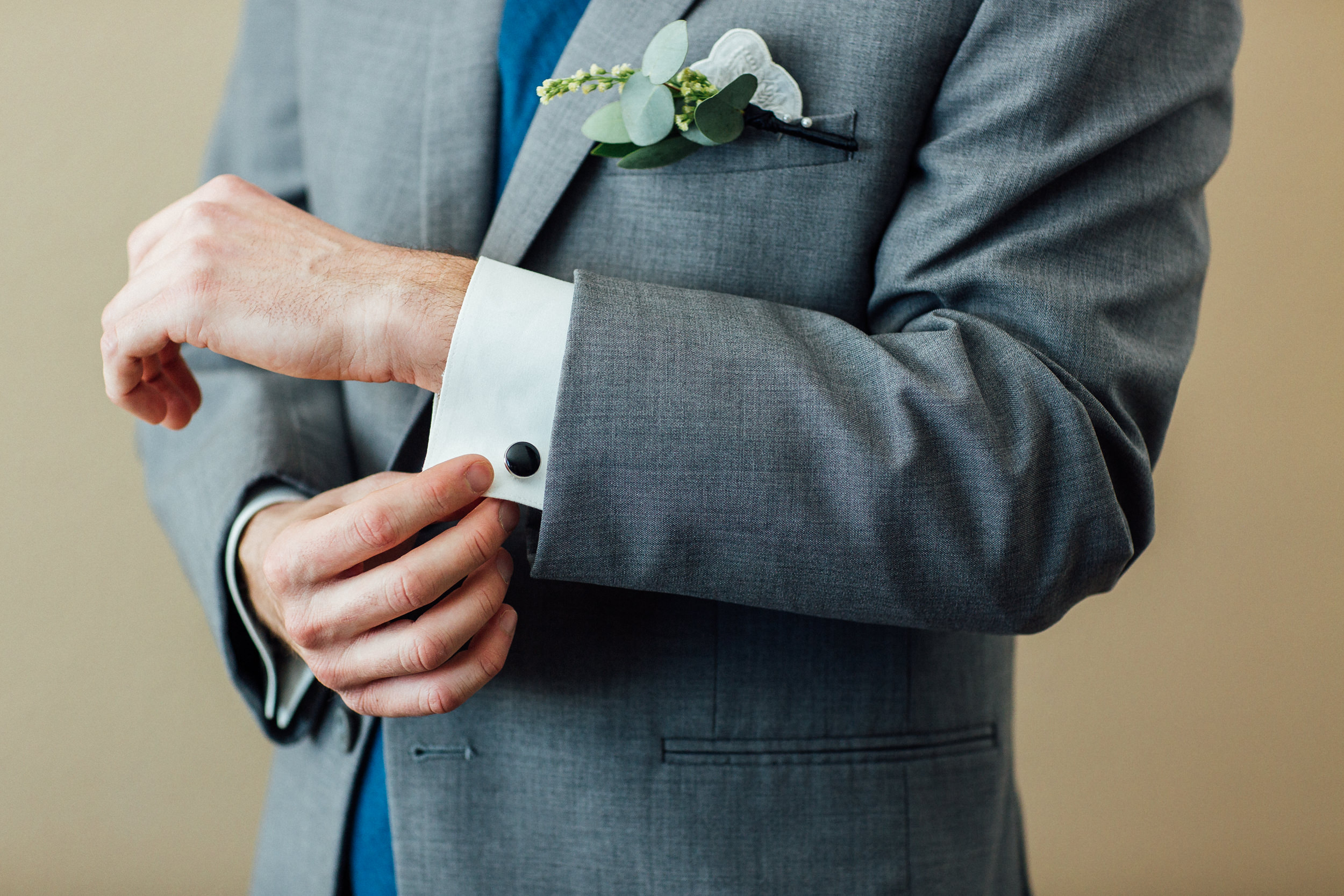 Groom suit at Colorado elopement-Colorado Best Wedding Photographer