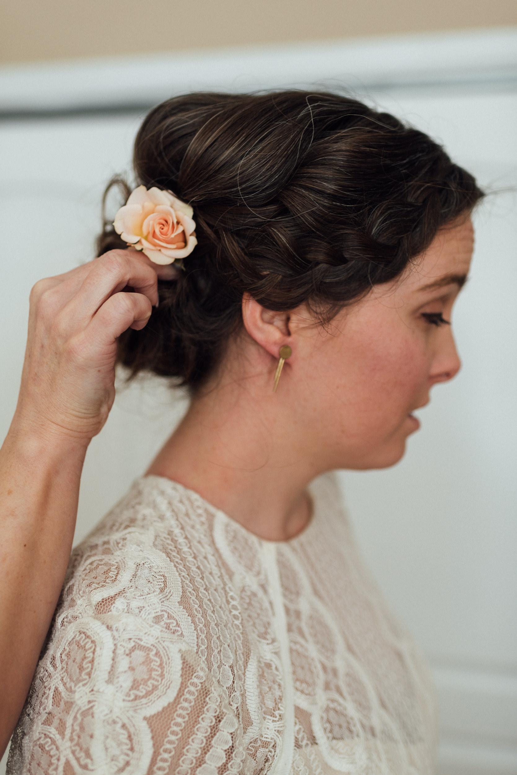 Colorado wedding hair details-Colorado Best Elopement Photographers
