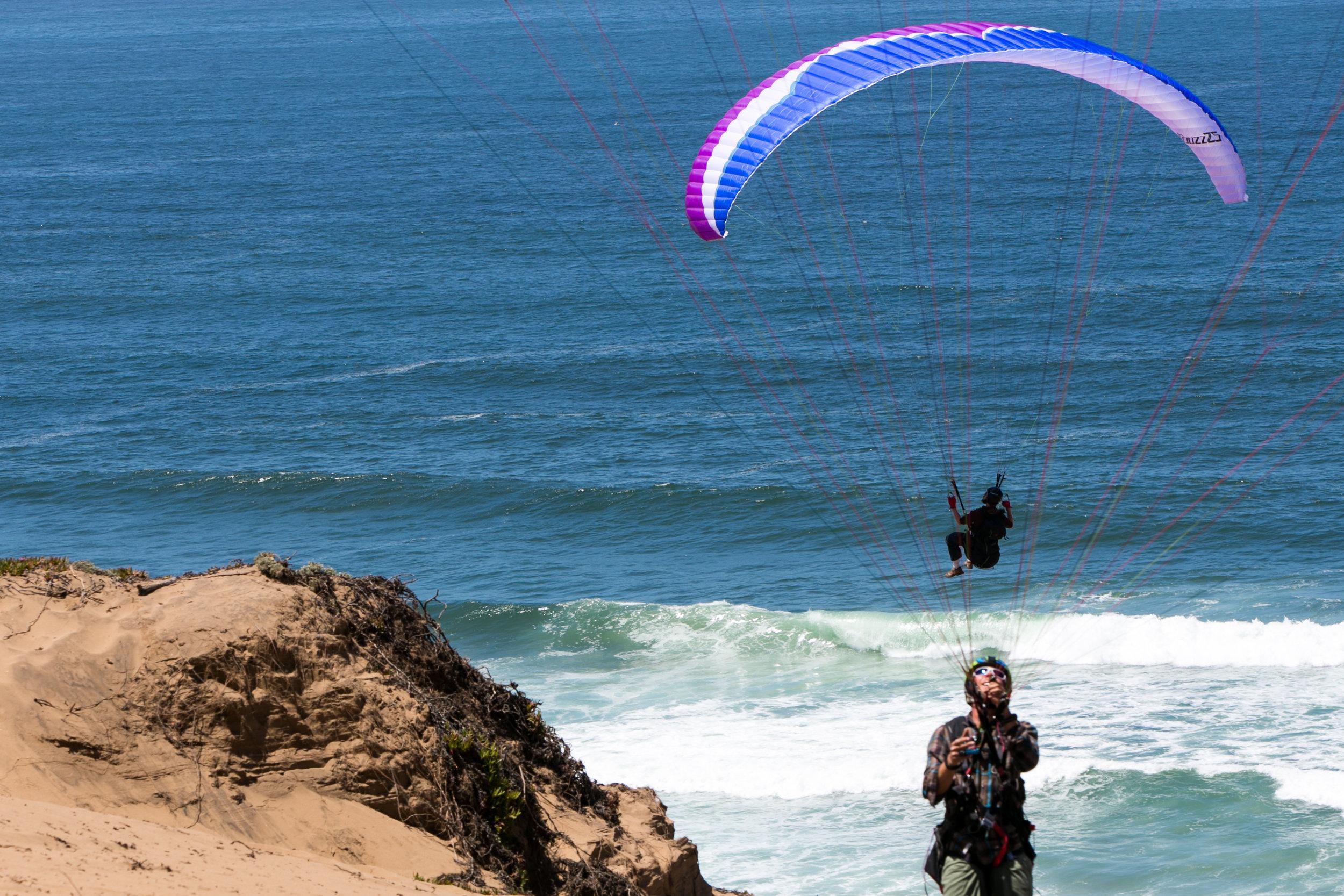 5.17 Monterey Paragliding-46.jpg