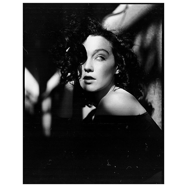 🎥 Model: @millie_parker_x 📷: Bronica ETRSi 🎞: TMAX 100, processed by @steve.boylin . . . . . #portraits #bronica #bronicatribe @bronicatribe #liverpool #m_ig #pixel_ig#portraiture #expofilm3k #portrait_perfection #snowisblack #portraits_universe #portrait #featurepalette #bleachmyfilm #portraitmood #featurepalette #rsa_portraits #filmportrait #filmisnotdead #blackandwhite  #makeportraits #profile_vision #top_portraits#life_portraits #120 #kodak #etrsi #tmax #filmnoir