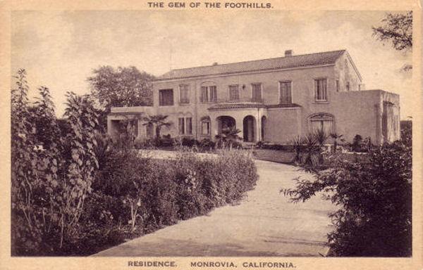 1915_m_residence.jpg