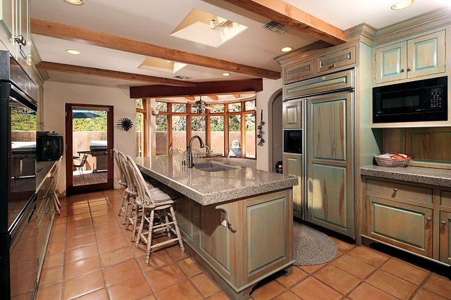 2125_kinclair_kitchen3.jpg