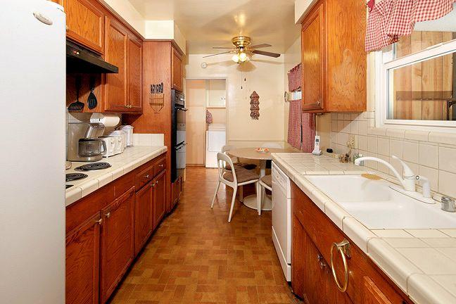 1323_loganrita_kitchen.jpg