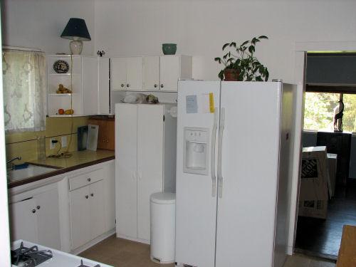 220_kitchen.jpg