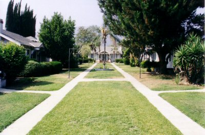 harding_courtyard.jpg
