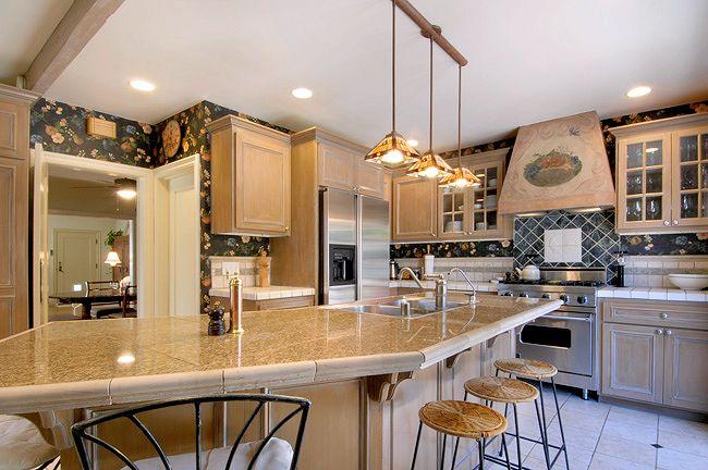 2557_highland_kitchen.jpg