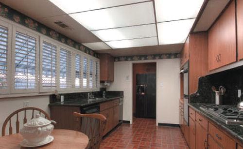 3225_primavera_kitchen.jpg
