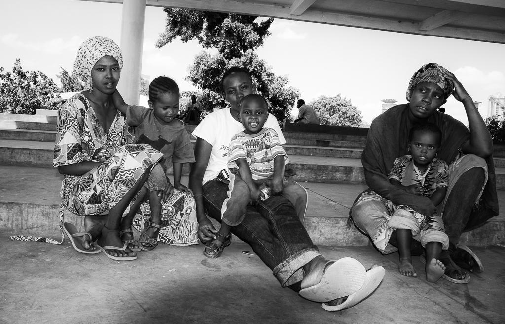 Nairobi, Kenya    Grace, Helen och Fatuma    visa berättelse >>