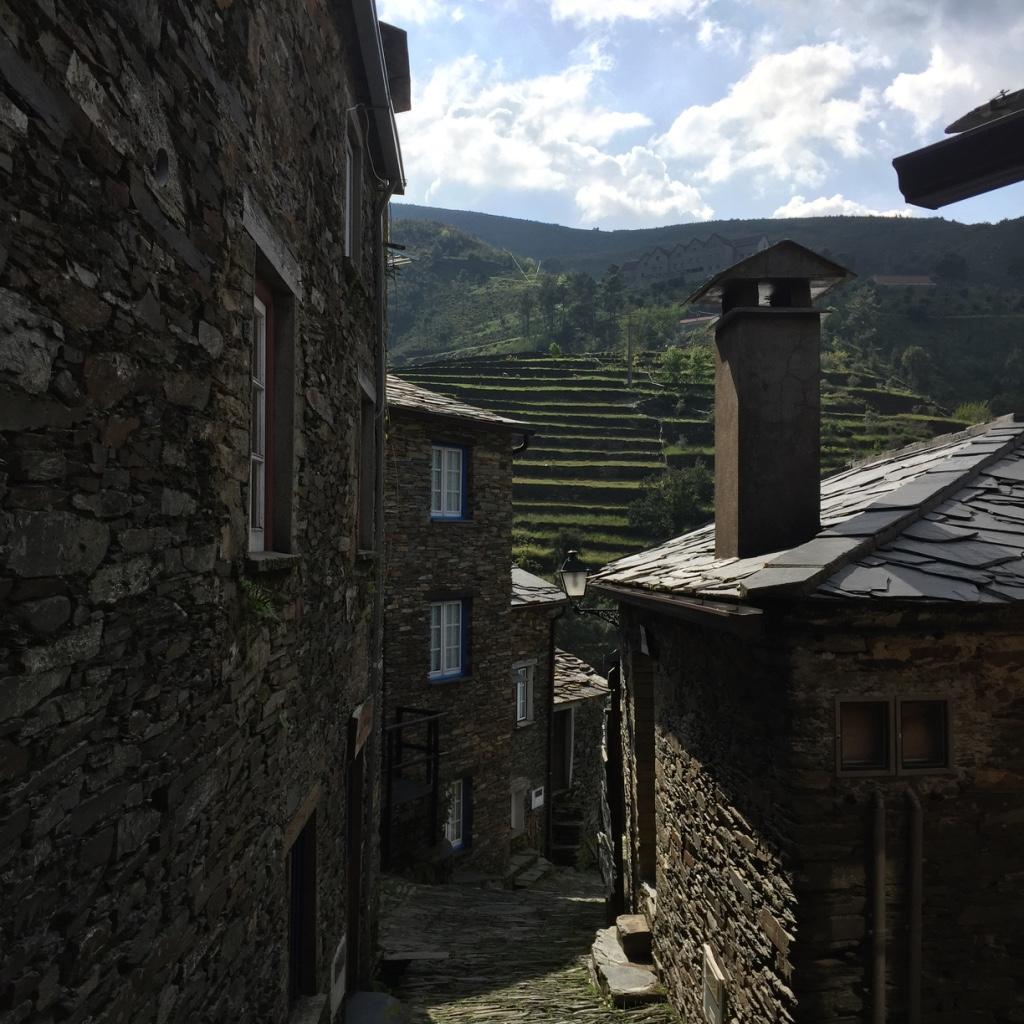Ruas da aldeia de Piódão