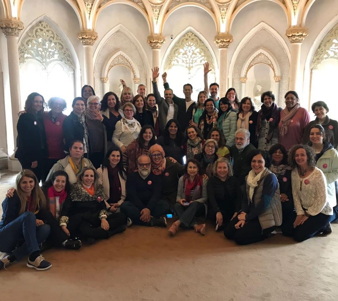 E essa era a nossa turma. Aqui,ao final de mais uma das aulas, no Palácio de Monserrate, Sintra.