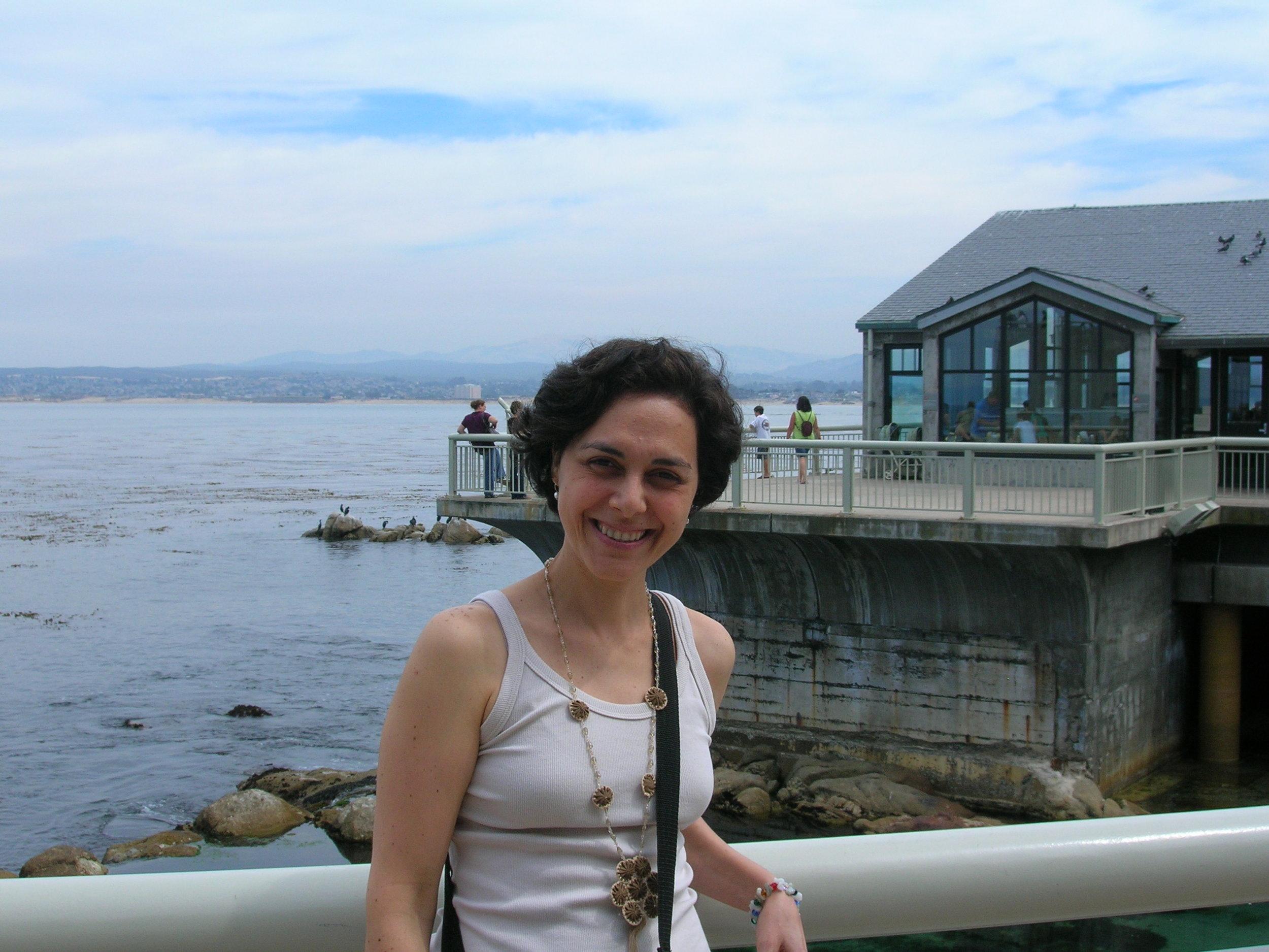 E outra imagem Yang : no calorzinho da Califórnia, direto do Aquário de Monterey.