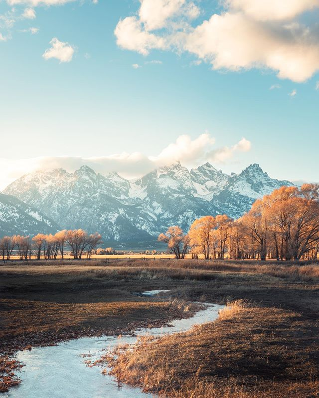 I'm having so much fun using what I learned at the @bay.shooters workshop this weekend to edit my photos from the Tetons a few weeks ago 🤗 #feelinginspired . . . . . #bayshooters #nationalparks #earth_shotz #artofvisuals #visitwyoming