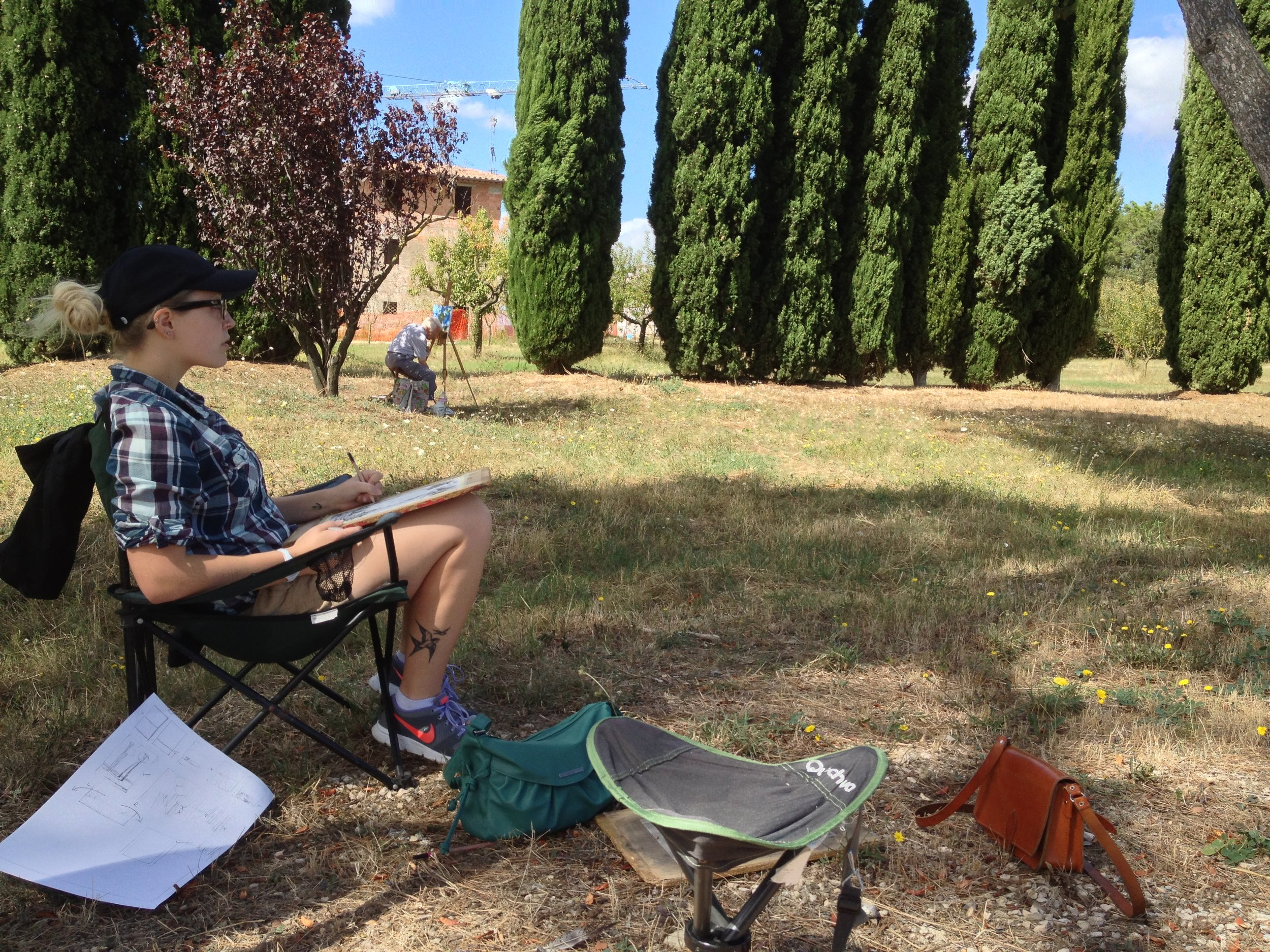 On-site sketching. Tuscany, Italy @thetravellingartisan