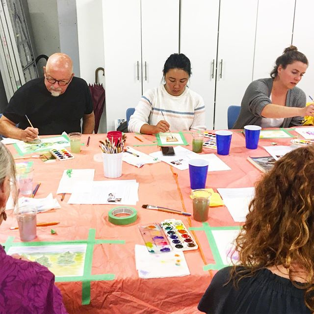 Workshops are BACK! 〰️ We kicked off the season with a sold out Modern Watercolour for Beginners class! 💦 Thank you to everyone who came out! See my Stories for all the highlights. 🍋 Missed out? New sessions have been added online! Link in bio. @travellingartisanworkshops @thetravellingartisan