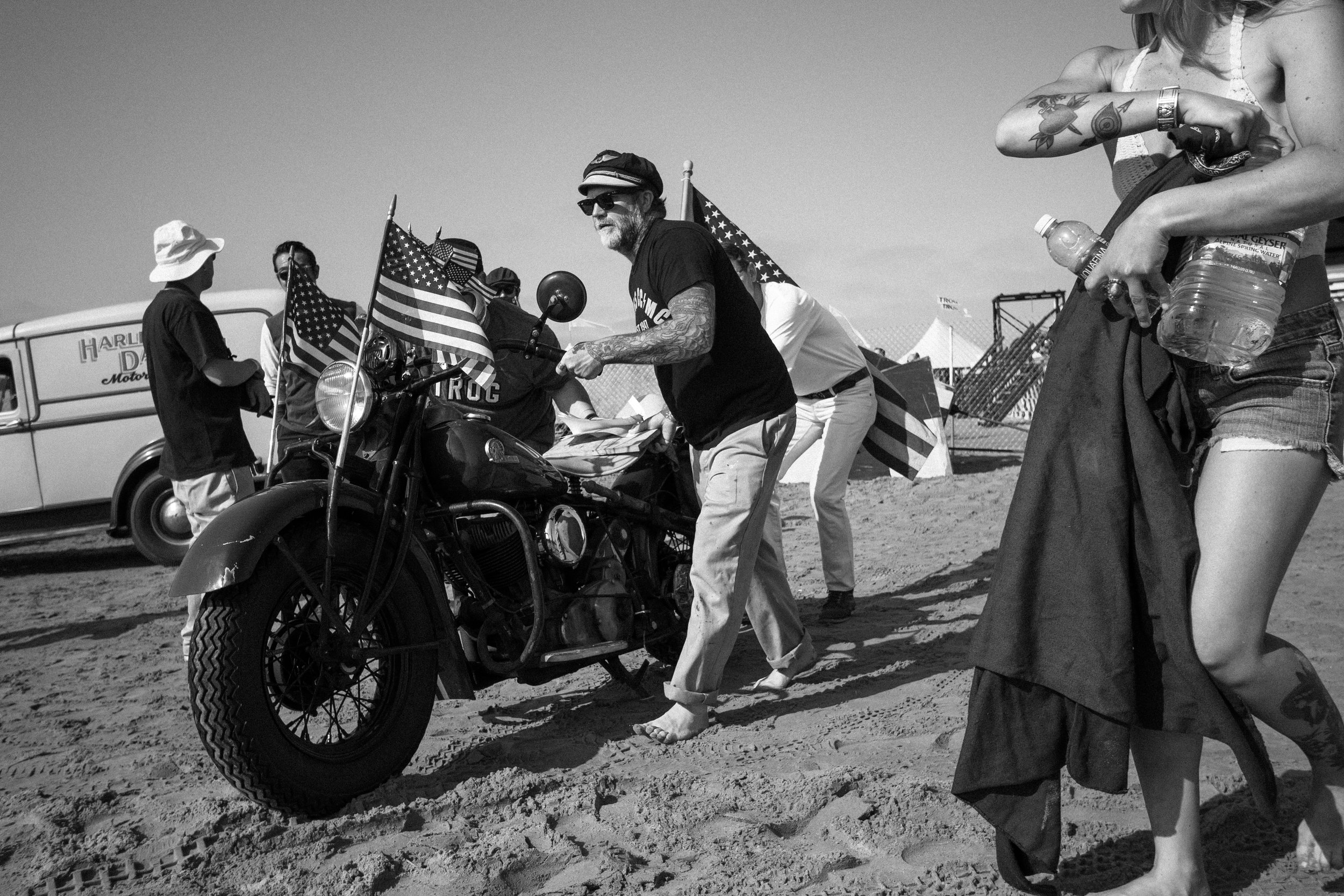 Mel Stultz moves an Indian on the beach at The Race of Gentlemen.
