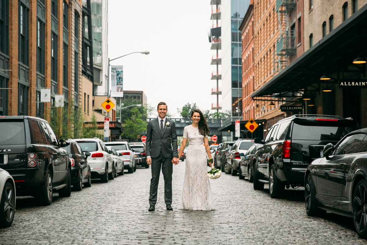 Meatpacking-cobblestone-wedding-photos-New-York-City-Fotovolida.jpg