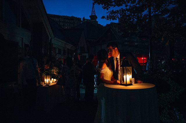 Talk about a day to remember…how about having your wedding reception at @Tavernonthegreen in the middle of the #nycpoweroutage 😱 Congratulations Ariel & Kelly! #blackout @ACentralParkWedding @CentralParkNYC @PerfectUnionNY #Manhattan #Coned #centralpark #nyc