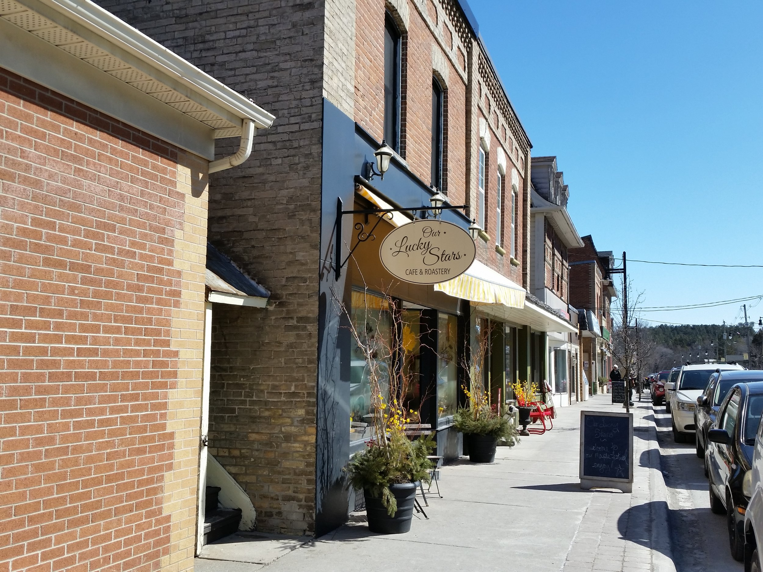 The picturesque main street of Warkworth, Ontario.