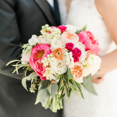 3-adam-cindy-whitehall-manor-bluemont-virginia-wedding-photographer-24-L.jpg