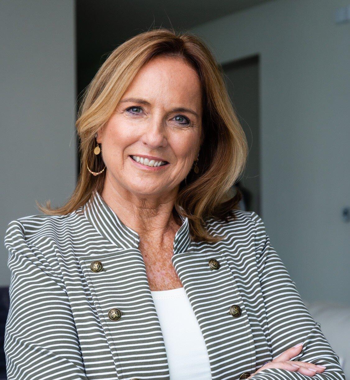 Deborah Anderson headshot 2019.jpg