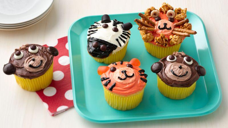 https://www.bettycrocker.com/recipes/barn-cake-with-farm-animal-cupcakes/2a0223c9-5aa3-455f-8a23-a9c4cd3aab27