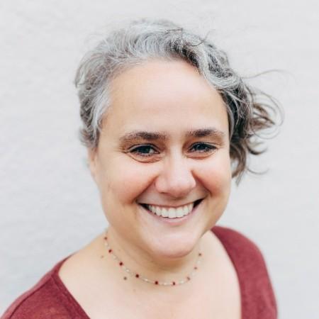 Isobel White   Strategic Communications & Editorial Consultant