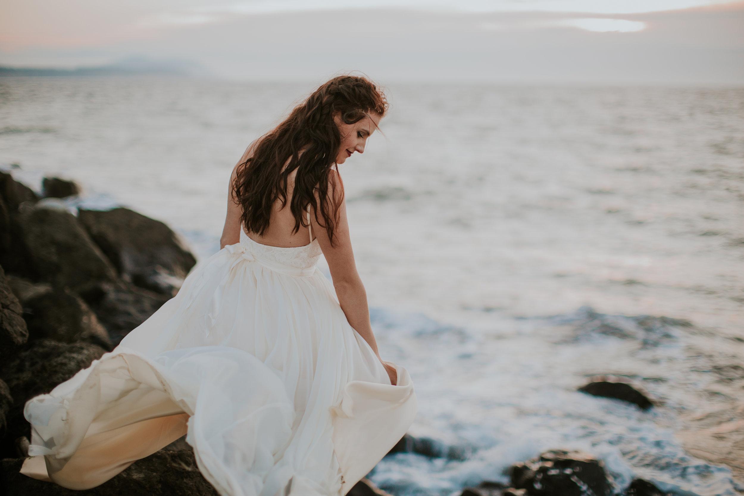 Port-Angeles-Photographer-Olympic-Peninsula-Wedding-Ediz-Hook-bride-dress-Kayla-Dawn-Photography-Olympic-Peninsula-PNW-Photographer-Portrait-Portraiture-Natural-Golden-Hour-Beach (2).jpg