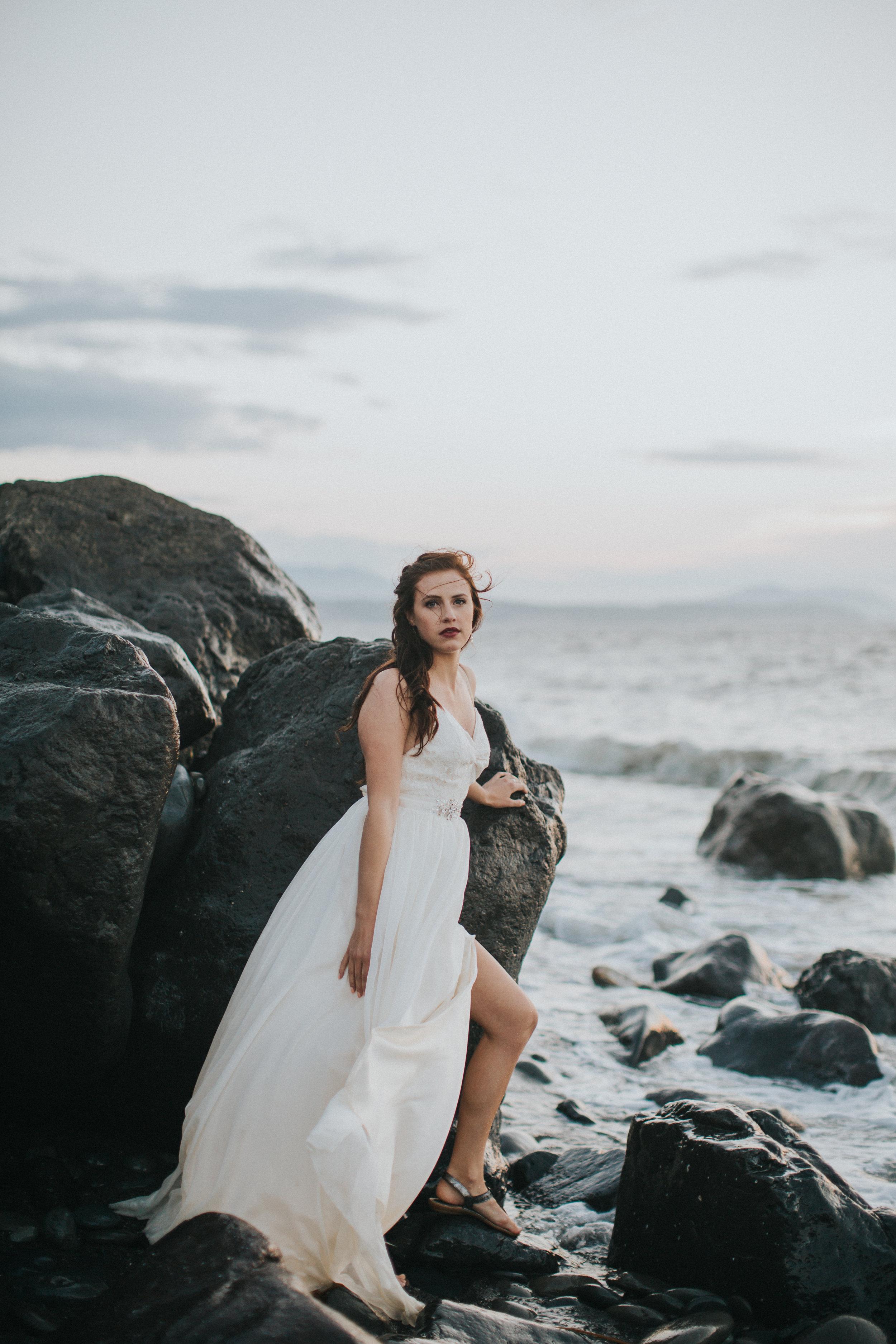 Port-Angeles-Photographer-Olympic-Peninsula-Wedding-Ediz-Hook-bride-dress-Kayla-Dawn-Photography-Olympic-Peninsula-PNW-Photographer-Portrait-Portraiture-Natural-Golden-Hour-Beach (8).jpg