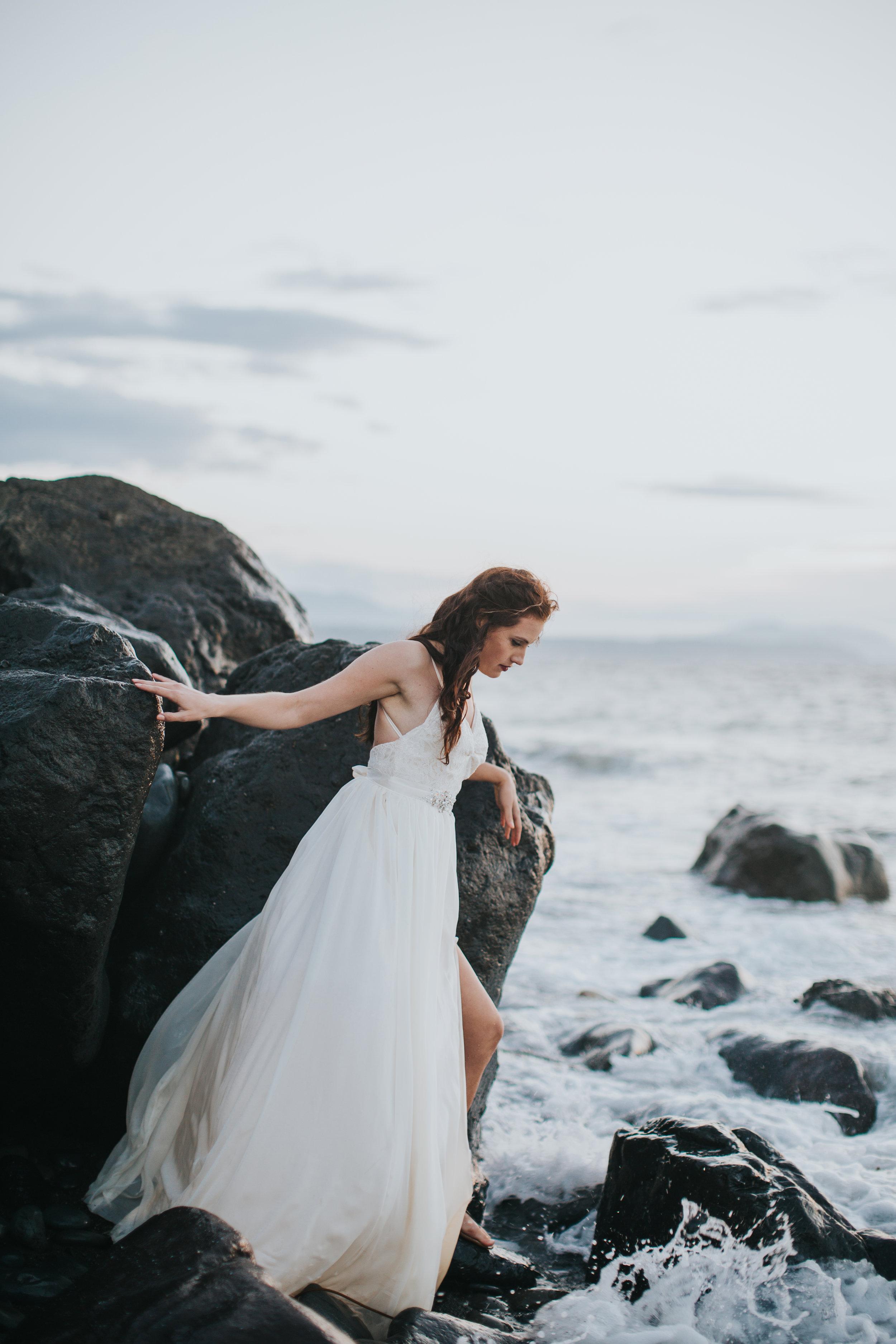 Port-Angeles-Photographer-Olympic-Peninsula-Wedding-Ediz-Hook-bride-dress-Kayla-Dawn-Photography-Olympic-Peninsula-PNW-Photographer-Portrait-Portraiture-Natural-Golden-Hour-Beach (10).jpg