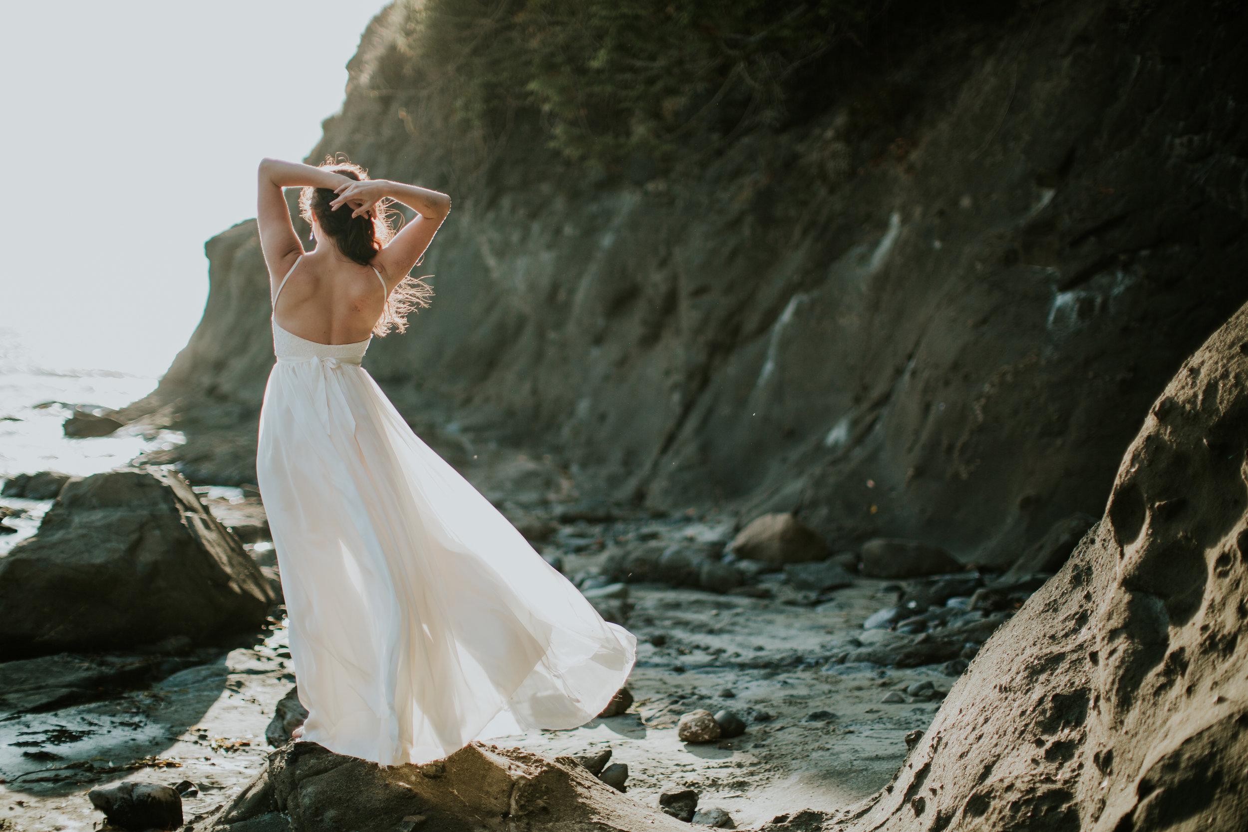 Port-Angeles-Salt-Creek-beach-wedding-bride-PNW-olympic-peninsula-photographer-Kayla-Dawn-Photography-outdoors-golden-hour-dancer-dress (12).jpg