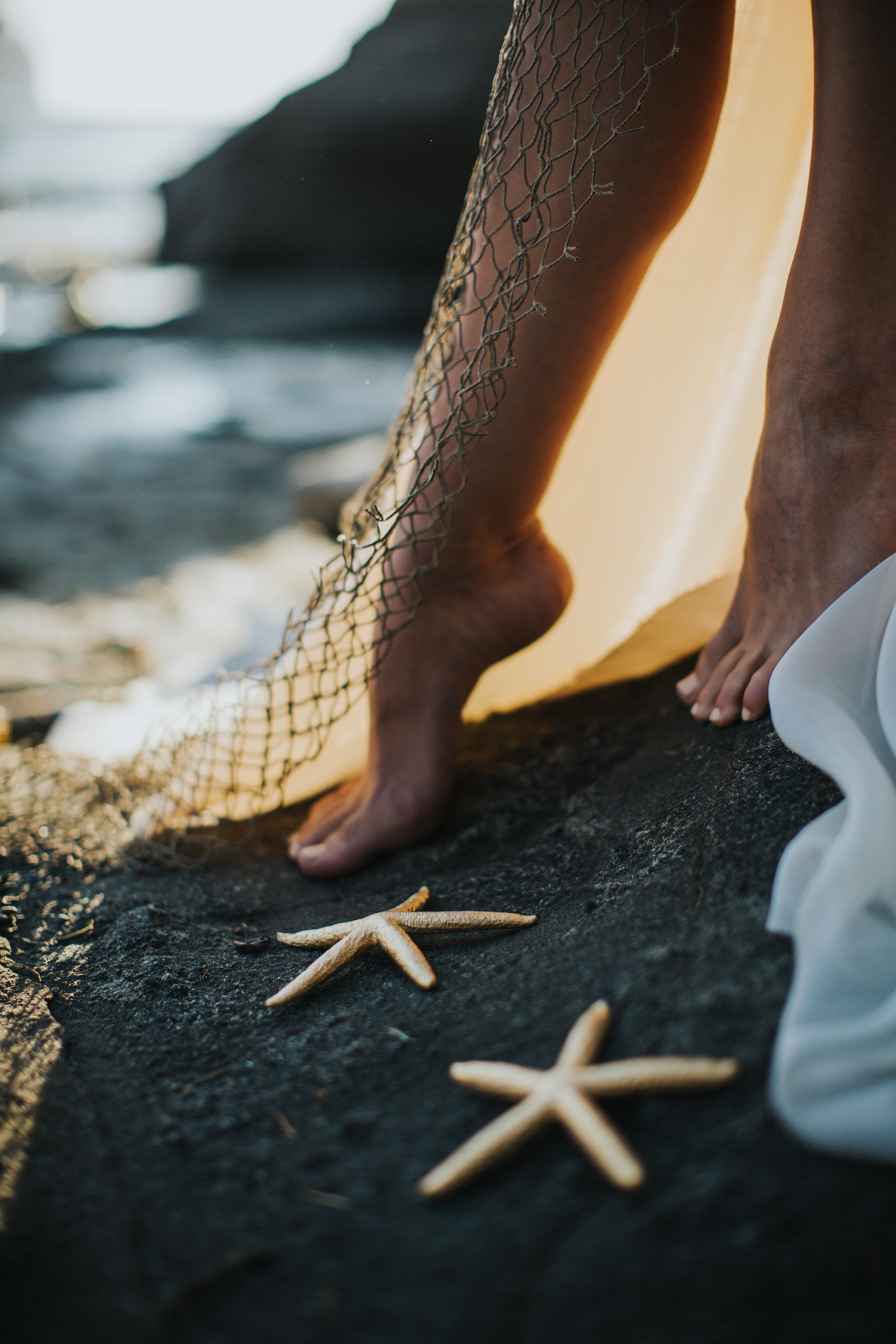 Port-Angeles-Salt-Creek-beach-wedding-bride-PNW-olympic-peninsula-photographer-Kayla-Dawn-Photography-outdoors-golden-hour-dancer-dress (32).jpg