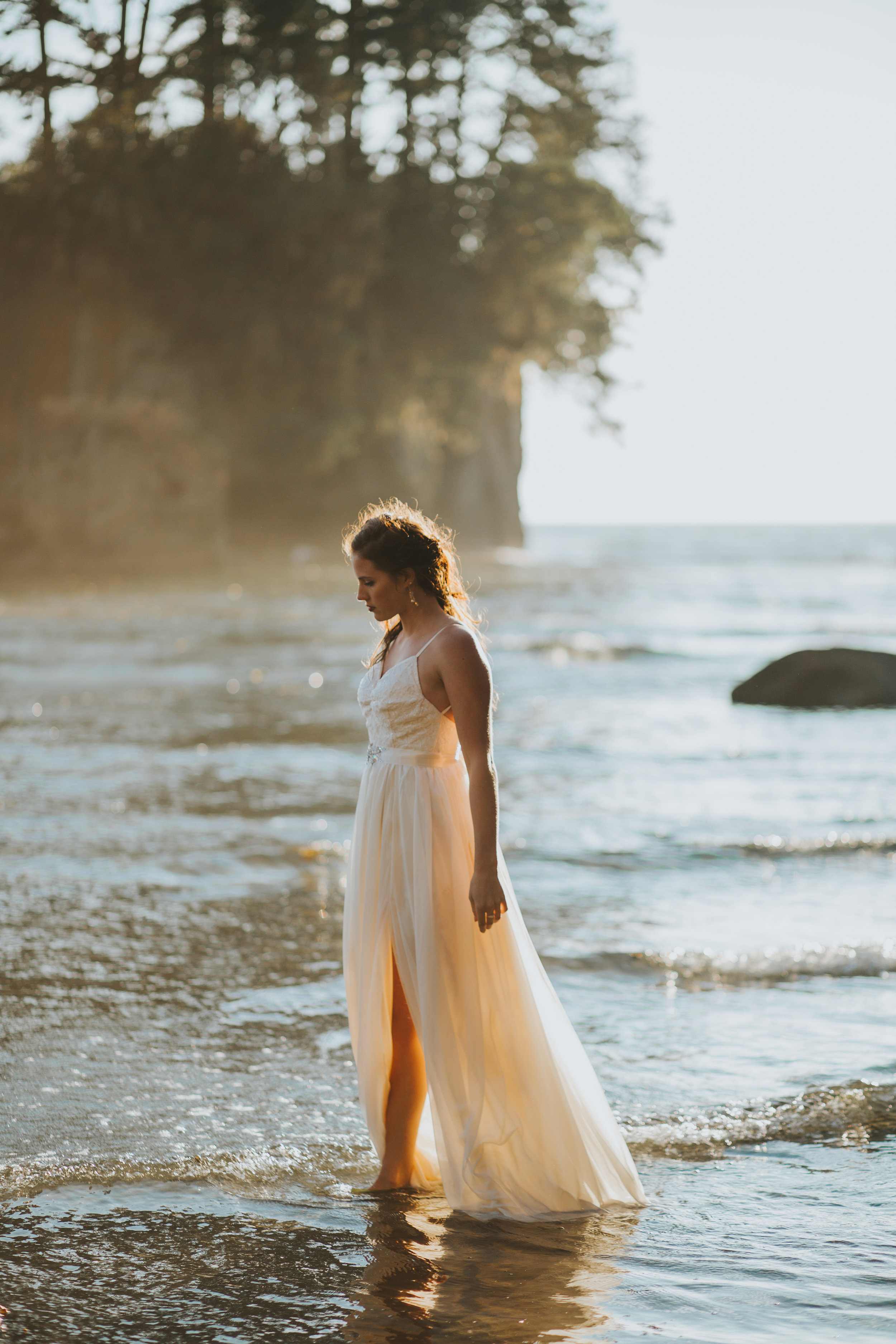 Port-Angeles-Salt-Creek-beach-wedding-bride-PNW-olympic-peninsula-photographer-Kayla-Dawn-Photography-outdoors-golden-hour-dancer-dress (41).jpg